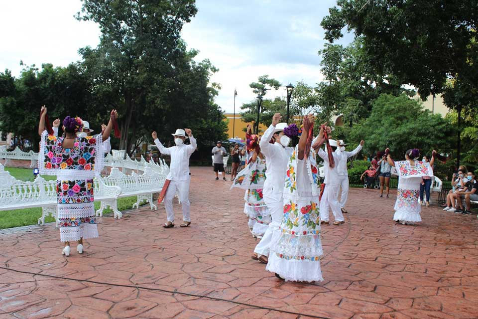 ballet folclórico valladolid yucatan