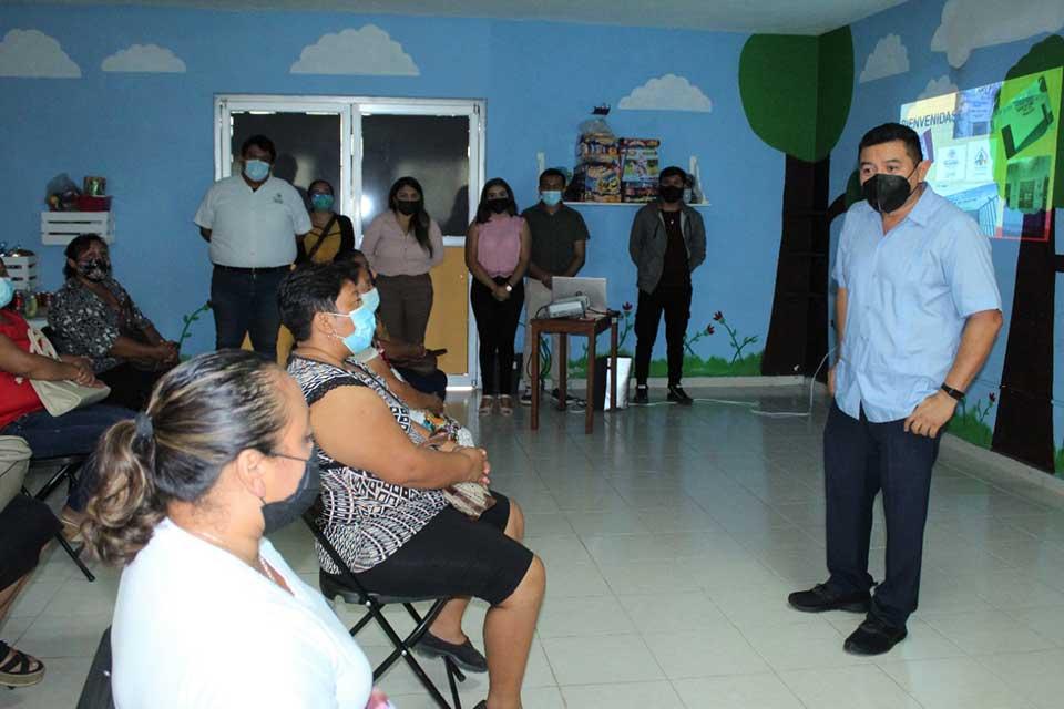 Reunión con coordinadoras, Alfredo Fernández
